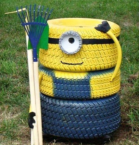декорация в градината - миньон от гуми